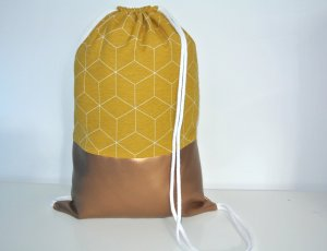 Neu - Blogger Turnbeutel Gym Bag Rucksack geometrisch senf Kupfer Leder -