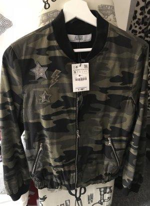Neu Camouflage Jacke Zara Gr. S