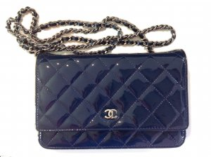 NEU Chanel Wallet on Chain Lackleder blau mit Box ect.