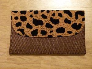 NEU! Clutch in braun mit Animal Print Textil original aus Afrika Ruanda