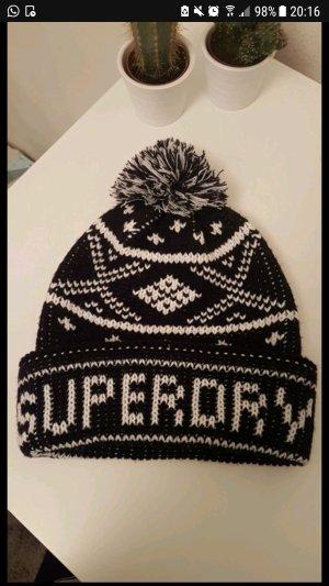 Neu - Coole Superdry Mütze mit Bommel