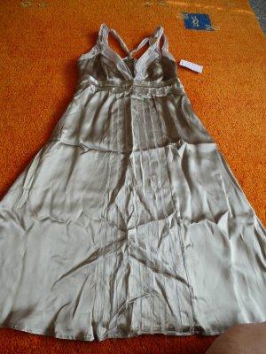 NEU Damen Kleid Wunderschönes schwingendes v. APANAGE Gr. 38 in Silber-Beige WOW
