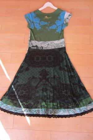 NEU: DESIGUAL - grün-türkis-schwarz-weiß gemustertes Kurzarm-Shirtkleid