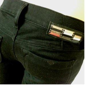 Neu!! DIESEL LIVY Jeans Jeanshose schwarz super slim W25 L32 34-36 S