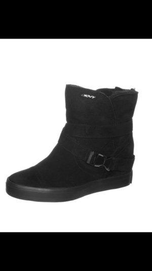 NEU DKNY Boots Lammfell Schwarz UVP 250€