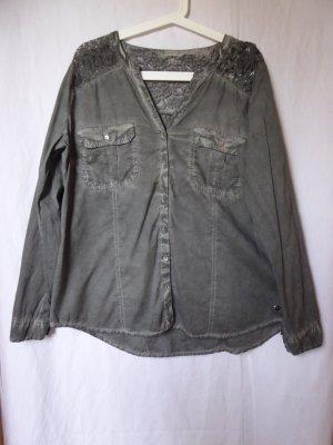 NEU: Dunkelgraue used-look-Bluse mit Spitze von S.Oliver