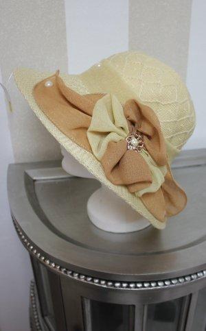 NEU eleganter Hut mit Schleife und Perlen