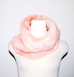 NEU - eleganter Loop-Schal aus Pelz - Farbe Pearl von Comma - One Size