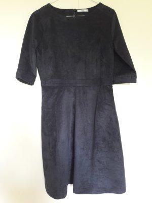 NEU Esprit Velour-Leder Imitat Kleid mit ausgestelltem Rock dreiviertel-Ärmel dunkelblau Gr. 38