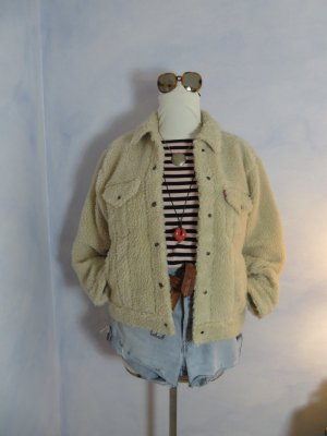 NEU + Etikett! LEVI´S Premium All Over Scherpa Trucker S M L Cloud Cream Teddy Fell Jacke Fake Fur Jeans Jacke