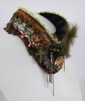 NEU festliches Pilgrim Collier Kette mit Swarovski Steinen
