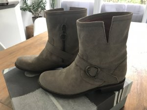 NEU Fiorentini & Baker Boots Stiefelette Gr 37/38 Leider abzugeben