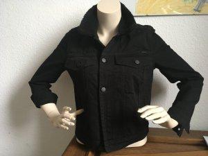 Neu: gefütterte Jeansjacke mit Fellkragen