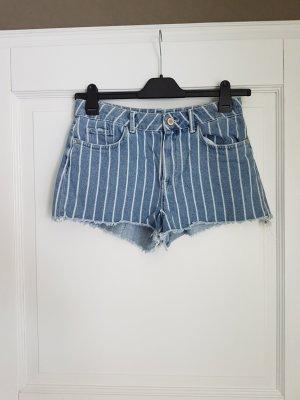 Neu! Gestreift! Kollektion 2018! Shorts von Zara