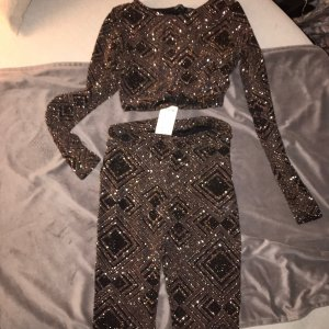 Boohoo Twin Set black-gold-colored