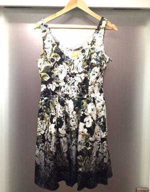 Neu H&M Kleid - Größe 38