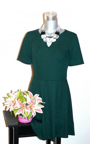 Neu H&M Romantic Kleid gr.40 Grün Cot Out Etuikleid