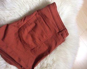 NEU H&M Shorts in schönem rotbraun