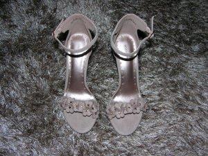 Neu! High Heels Sandalen in Rosè von Graceland Gr. 38