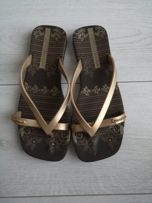 NEU Ipanema Flip-flops made in Brazil