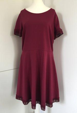 NEU - Kleid in Bordeaux von Dorothy Perkins Curve / Gr. 48