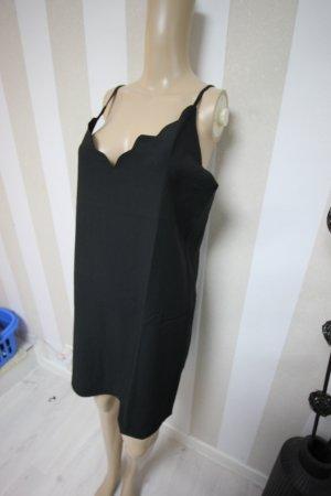 Pinafore dress black