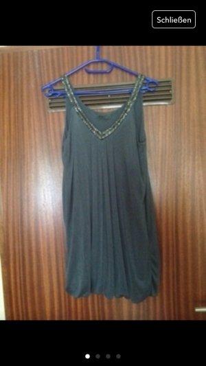 NEU! Kleid mit Zierung am Ausschnitt