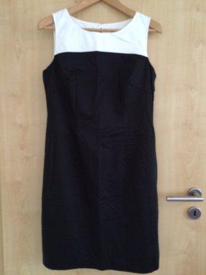 NEU!! Kleid von der Luxusmarke DANIEL HECHTER