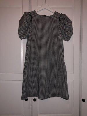 NEU Kleid von Zara