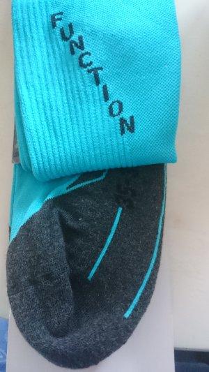 Bottom turquoise-grey