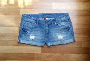 NEU kurze Hose Hotpants Jeansshorts von H&M, Gr. 38