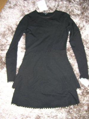 Neu! Kurzes Kleid von Nikkie in Schwarz, Gr. 34