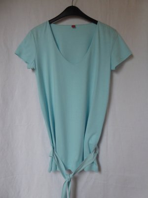 NEU: Längeres, hellblaues T-Shirt mit passendem Gürtel von S.Oliver