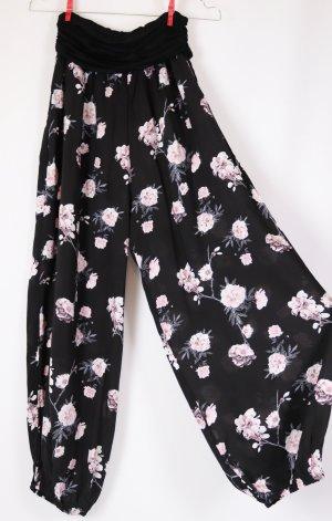 Neu Leichte Haremshose Weite Sommerhose One Love by Colloseum Größe M 38 Schwarz Weiß Rosa Blumen Romantisch Look Jersey Viskose Stretch Bund Aladinhose