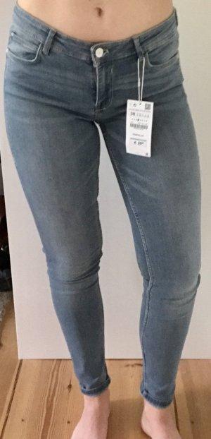 NEU! Low sitzende ungetragene jeans!