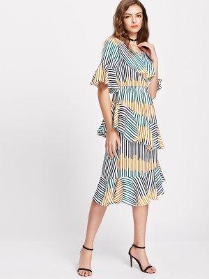 Neu! Luftig leichtes gestreiftes Sommer Kleid mit Rüschen, Gr. S