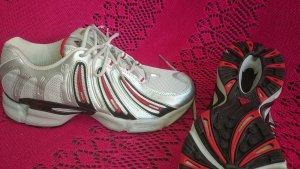 Neu mit Etikett! Adidas Galaxy Damen Laufschuhe, Größe 41 , Größe 7,5