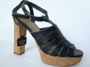 Neu mit Etikett: Echtleder-Sandaletten von Mango Touch, marineblau, Plateausohle, Gr. 37