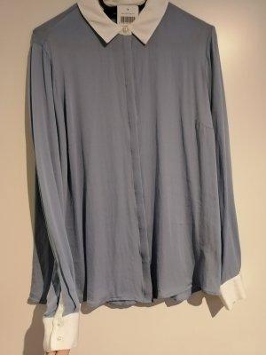 *Neu mit Etikett* edle Hemdbluse von Hallhuber mit Perlenknöpfen und weißen Kontraststreifen