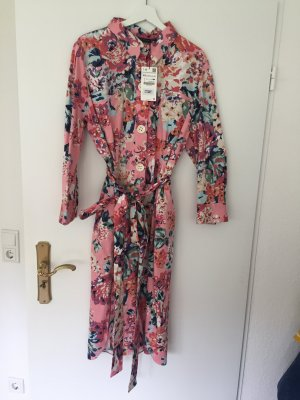 Neu mit Etikett - Florales Midikleid von Zara