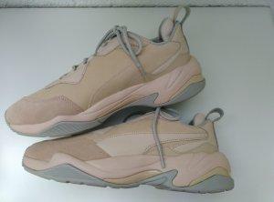 NEU mit Karton. PUMA Thunder Damen Leder Sneaker rosa Gr.40