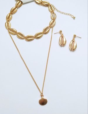 Collana di conchiglie oro