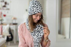 NEU Mütze von Michael Kors Leoparden Muster