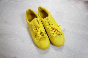 Scarpa giallo
