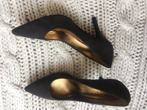 NEU! Nine West Pumps