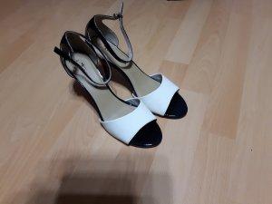 NEU- offene High- Heels in Lackoptik vonTamaris, schwarz- weiß