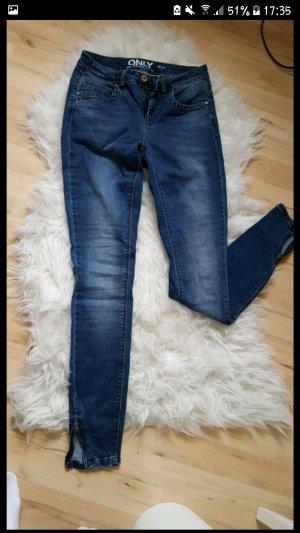 NEU Only Jeanshose zu verkaufen