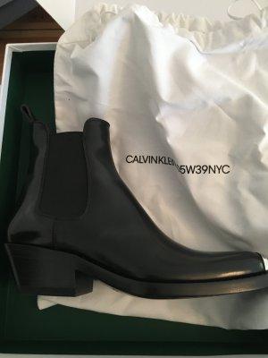 Neu Original NP 945 Euro Cowboy Chelsea Boots Calvin Klein 205W39nyc Western Stiefel mit Silberplatte