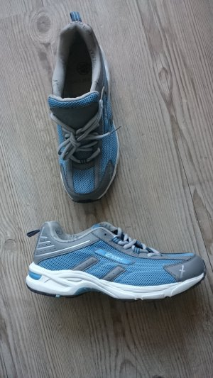 Neu! Outdoor Sneaker, Coolmax, Größe 40