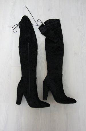 Botas sobre la rodilla negro